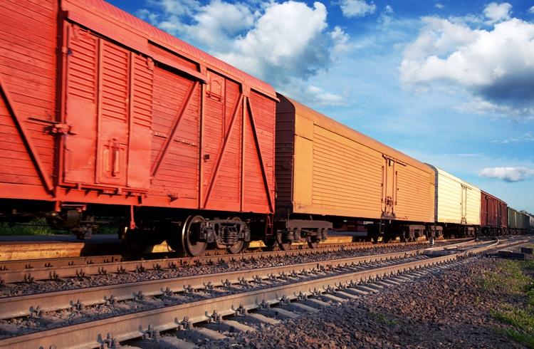 Грузовые перевозки через товарные станции